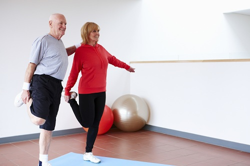 Гимнастика при артрозе коленного сустава для пожилых