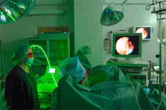 Лазеротерапия при лечении междисковой грыжи