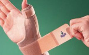 перелом большого пальца руки
